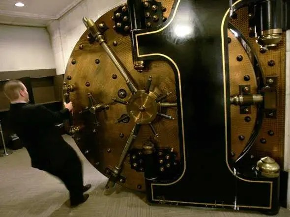 Vault Wells Fargo Money Economy Treasure Locked Bank