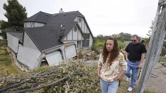 California home sinking