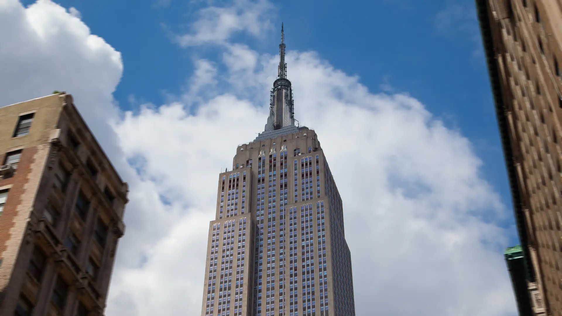 "JetBlue asked: ""How many quarters would you need to reach the height of the Empire State building?"""