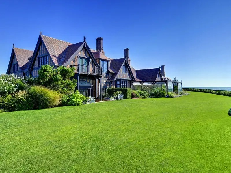 Wooldon Manor vince camuto house