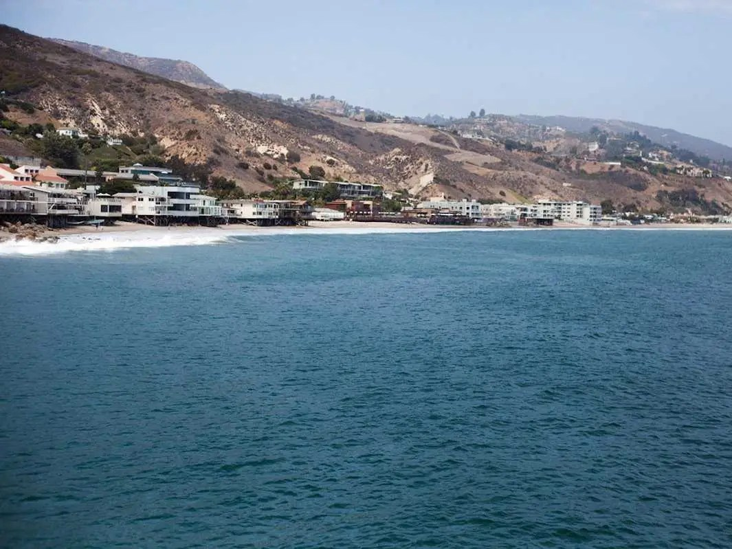 Ellison owns as many as two dozen properties in Malibu, Calif., including 10 on oceanfront property on billionaire-packed Carbon Beach. In 2012 he bought the home belonging to former Yahoo! CEO Terry Semel, and last year he paid $18 million for producer Jerry Bruckheimer's house.