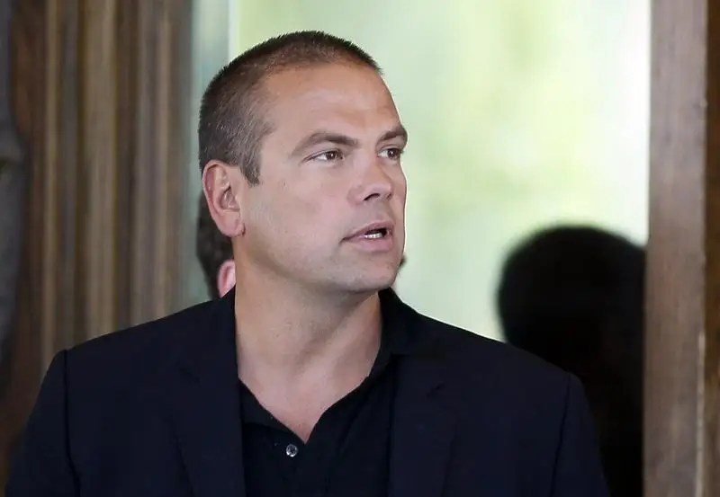 Lachlan Murdoch, son of Rupert Murdoch, CEO of News Corp. and 20th Century Fox arrives for the annual Allen and Co. Conference at the Sun Valley, Idaho Resort July 9, 2013. REUTERS/Rick Wilking