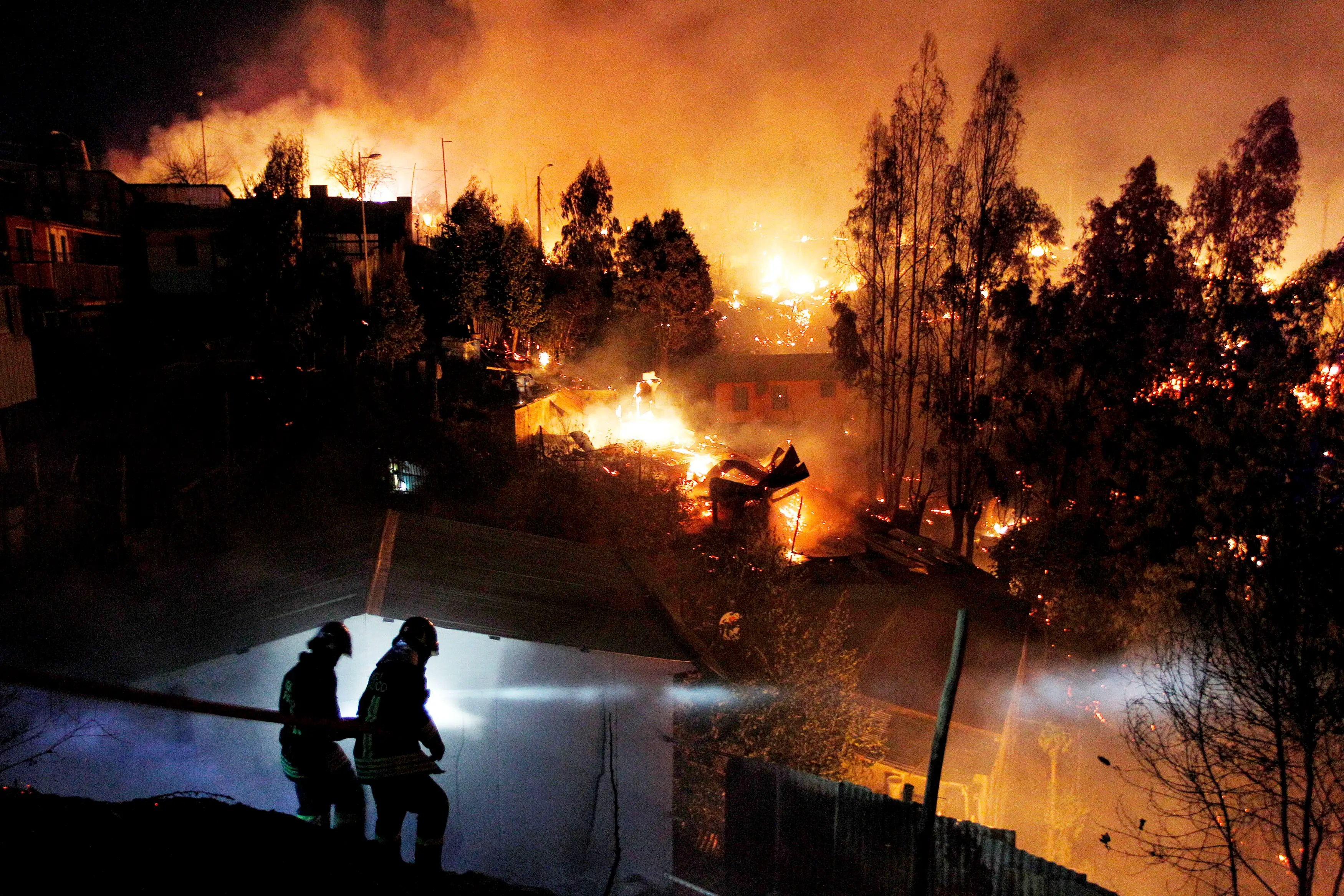 A terrifying forest fire tore through Valparaiso, Chile, in April.