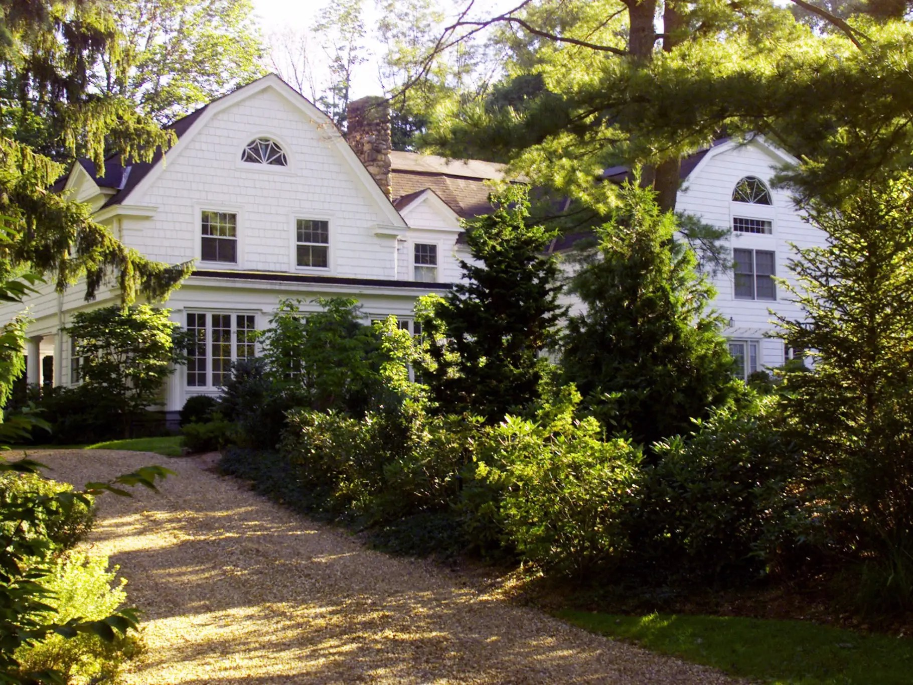 The family later purchased this 100-year-old Dutch Colonial home outside Westchester, New York, for $1.7 million, so that Clinton could establish residency in the state. She set sights on a US Senate seat in 2001.