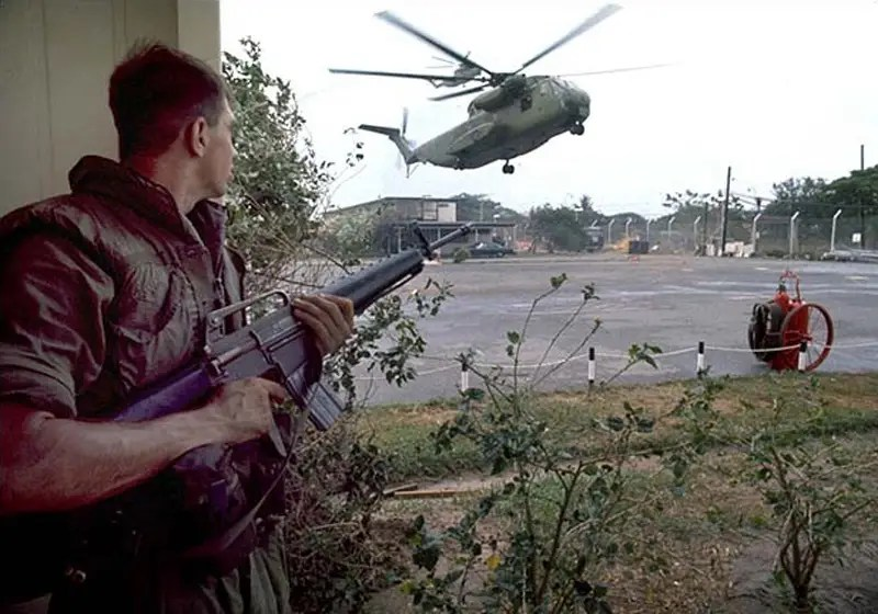 vietnam helicopter m16 m 16 troops us troops operation frequent wind