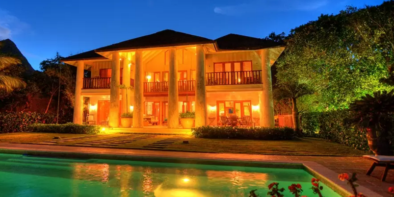 The most expensive Airbnb rentals for New Years Eve  Business Insider