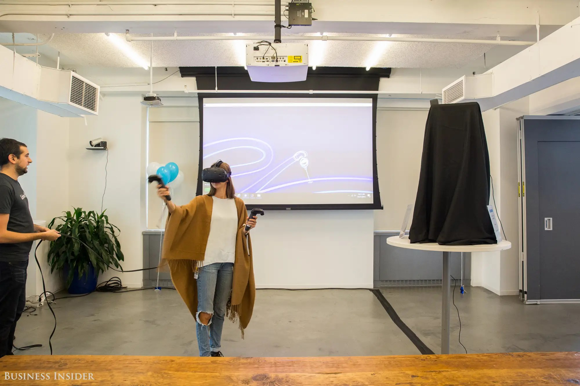 For the event, LinkedIn brought in a Tilt Brush headset, which allows users to paint in 3D space.