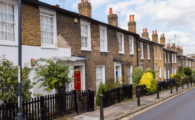 What S Slowing Down The Uk Housing Market Business Insider