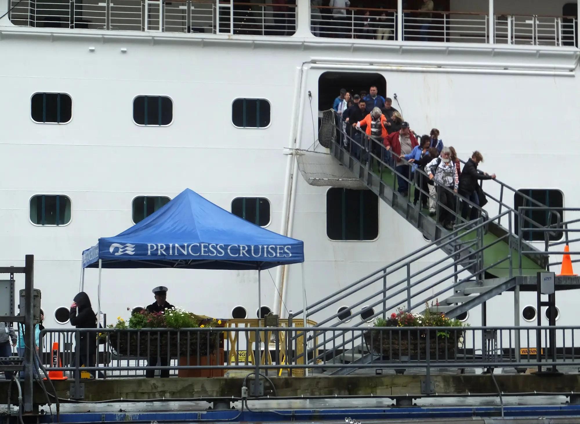 princess cruises alaska domestic dispute death