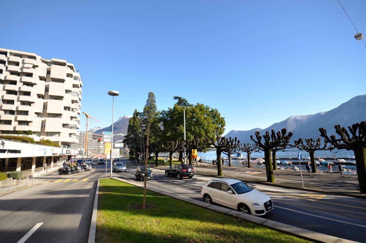 Central Park Lugano  elegante appartamento 55 locali con