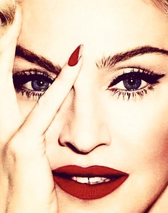 Madonna compie 59 anni Auguri allindiscussa regina del pop  Io Donna