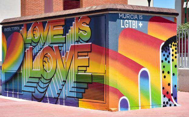 Presentation of a new graffiti on the occasion of LGTBI Pride Week