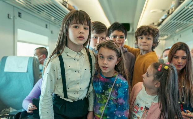 The children protagonists of 'A todo tren!  Destination Asturias'.