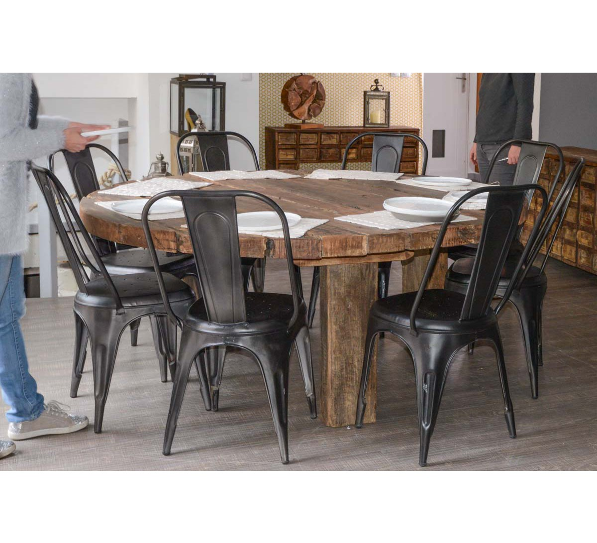 Grande Table ronde en bois recycl 180cm de diamtre Collection Npalaise  7443