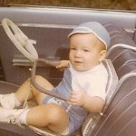 20 Vintage Pics Of Car Seats From The Past Moms