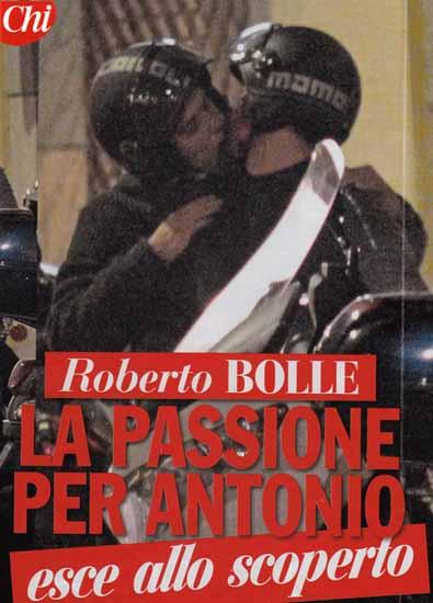 Roberto Bolle baci nella notte al fidanzato Antonio Spagnolo Guarda le foto  Gossip