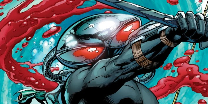 aquaman's black manta has the most ridiculous use for his helmet
