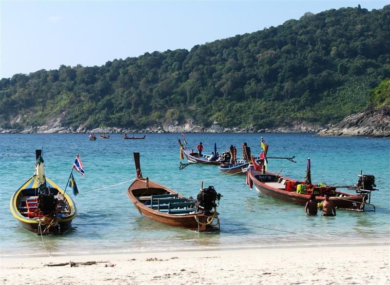 Photos of Best Beaches in Thailand 2/8 by Ruchika Makhija