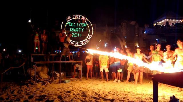 Photos of Best Beaches in Thailand 6/8 by Ruchika Makhija