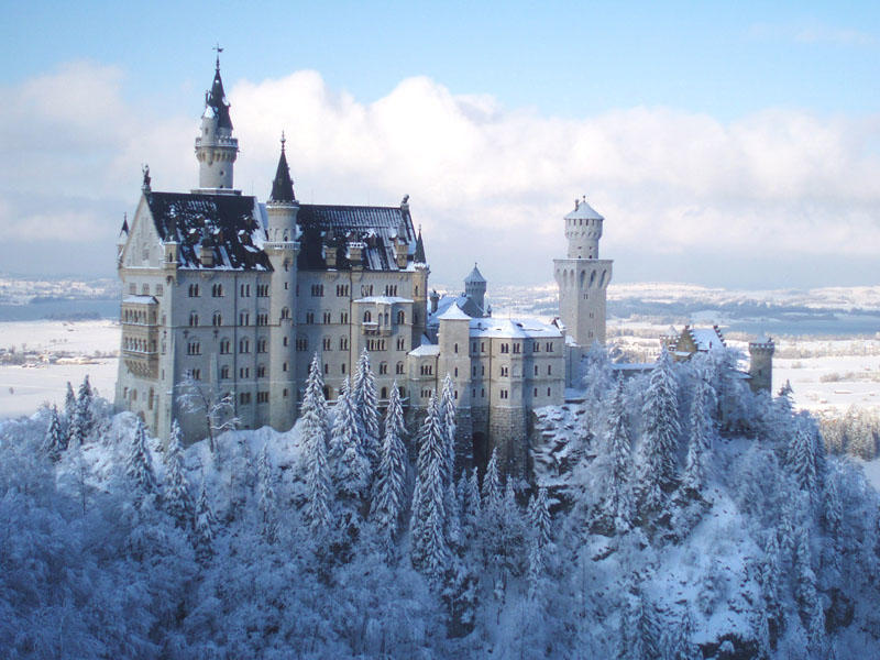 Photos of Breathtaking Castles Straight Out Of Your Fantasy 1/6 by Ruchika Makhija