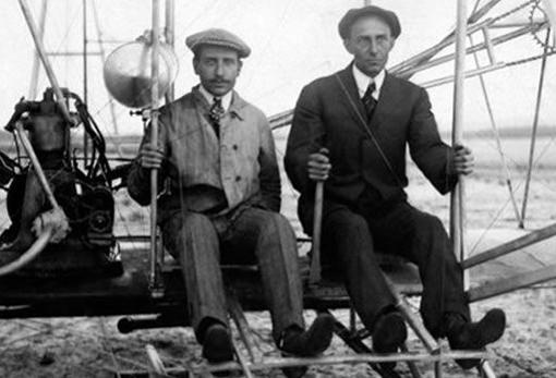 The Wright brothers, in an image from 1903, the same year they blew an airplane for the first time in history