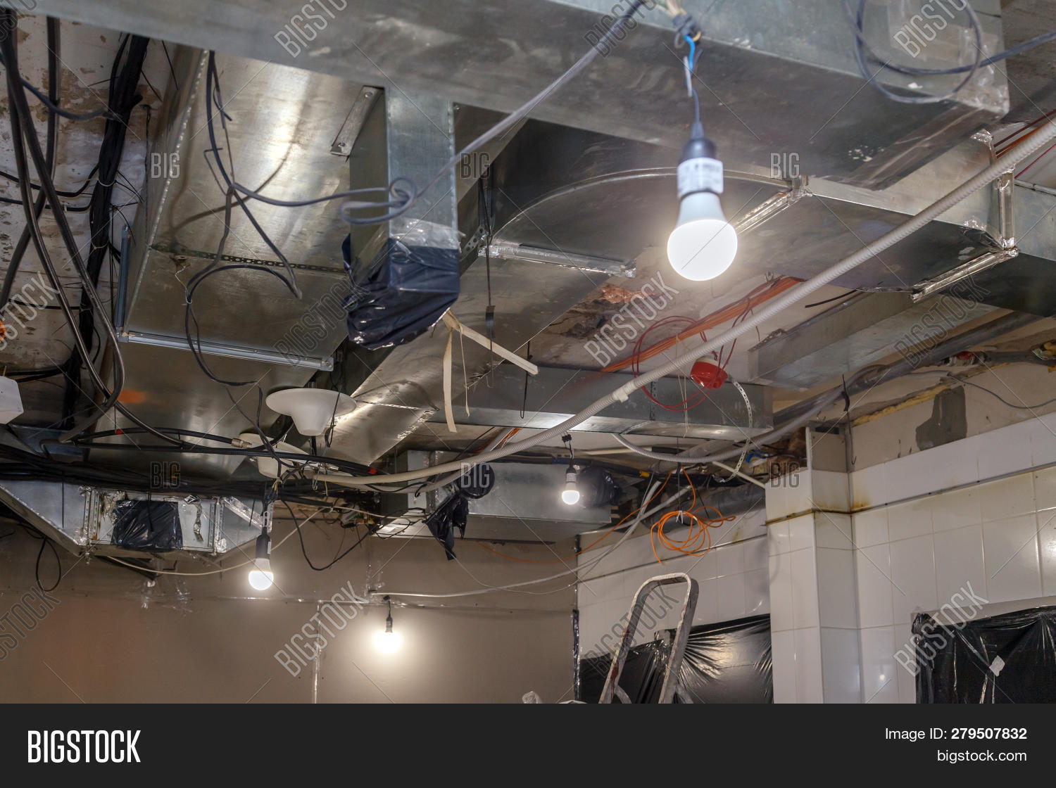 hight resolution of installation and repair of electric cable lamp bulb smoke detector fire alarm system before installing a stretch or suspended ceiling