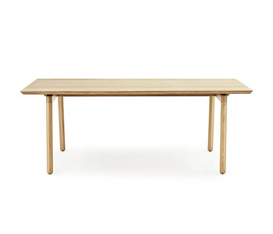 generous design nord table
