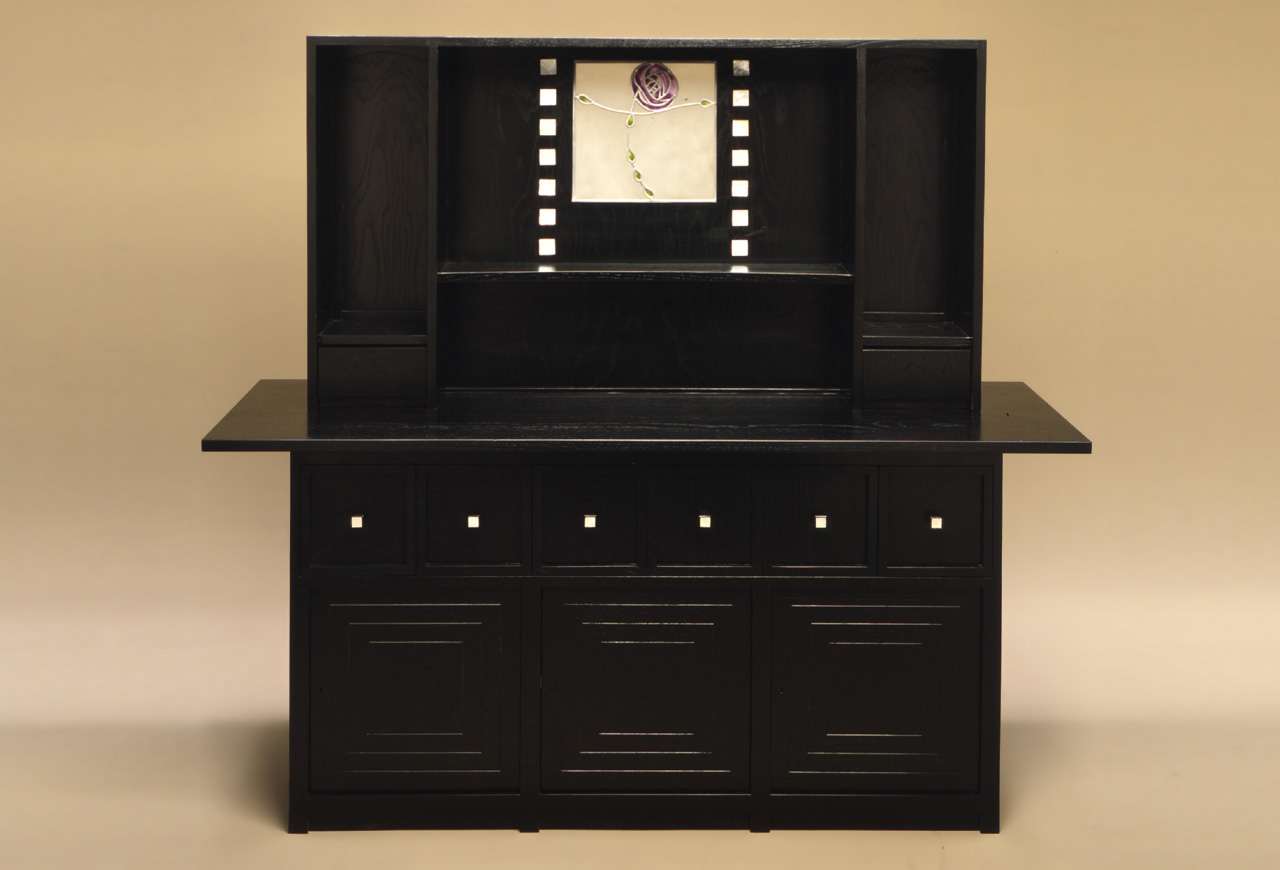 Charles Rennie Mackintosh DS5 Sideboard