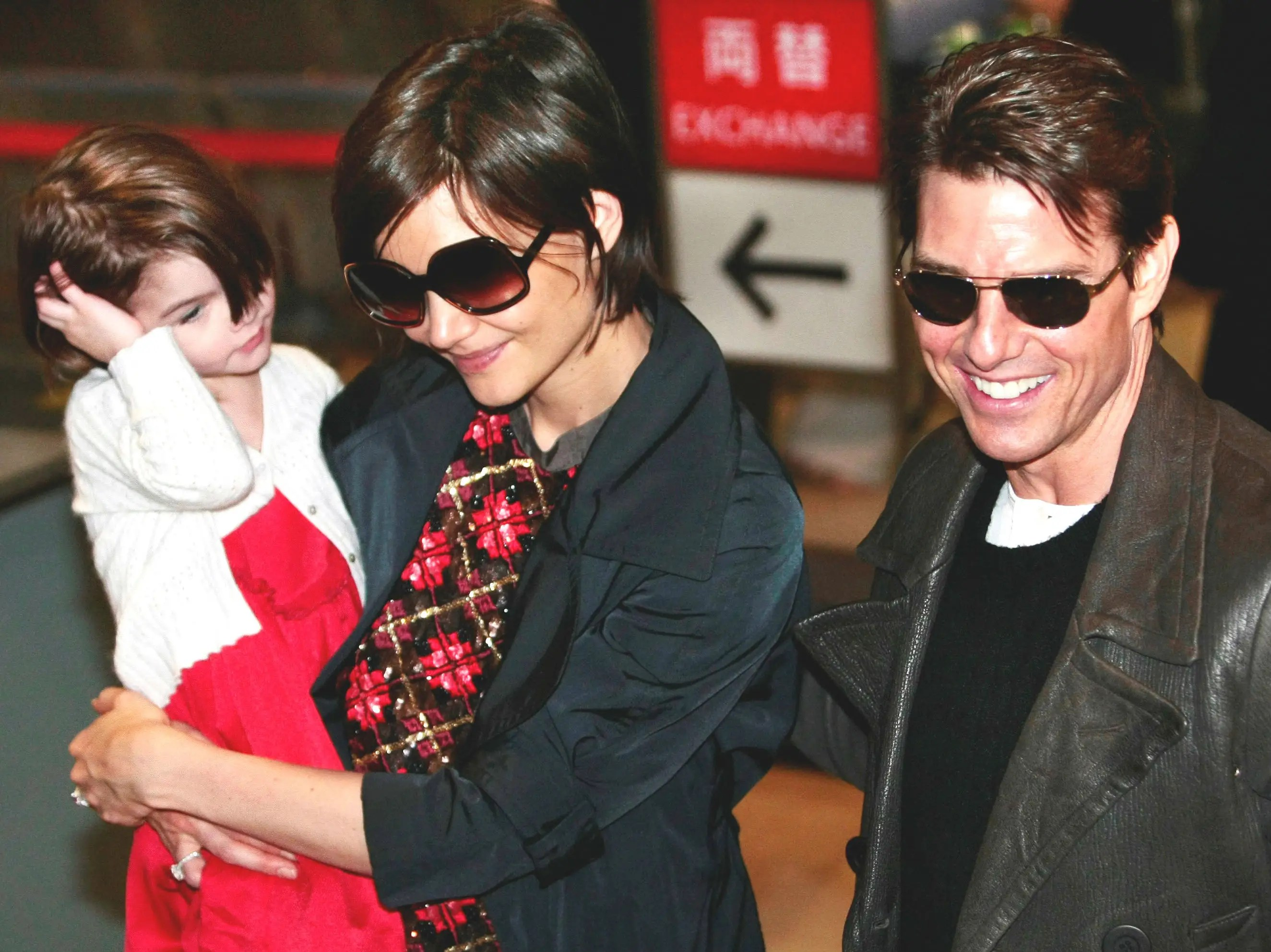 Katie Holmes Suri tom cruise valkyrie premiere japan