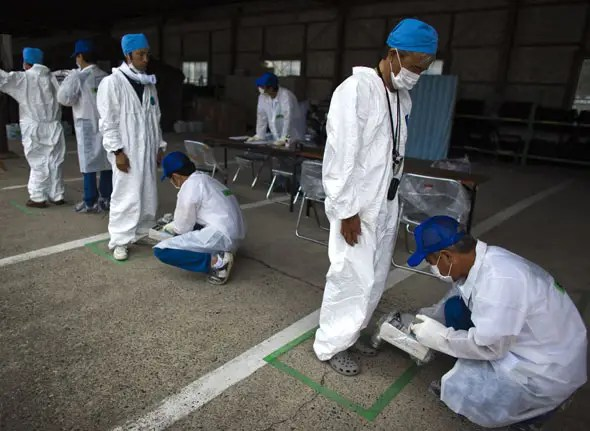 fukushima workers 6 months after explosion