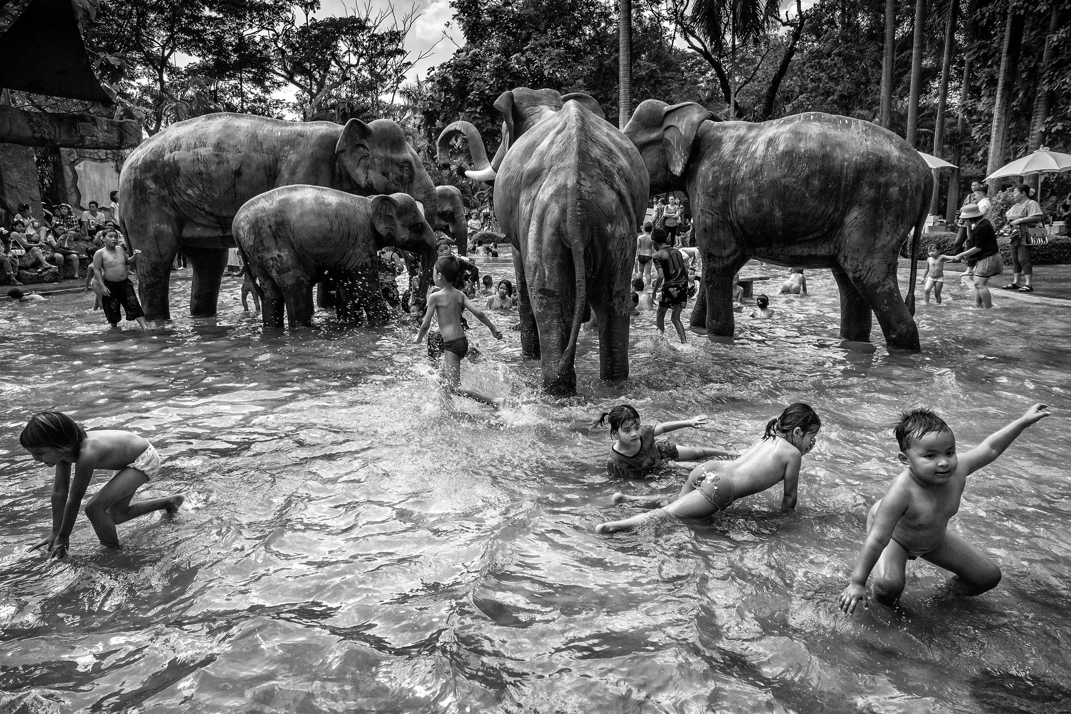 """Thailand: """"Children Day"""" by Suthas Rungsirisilp"""