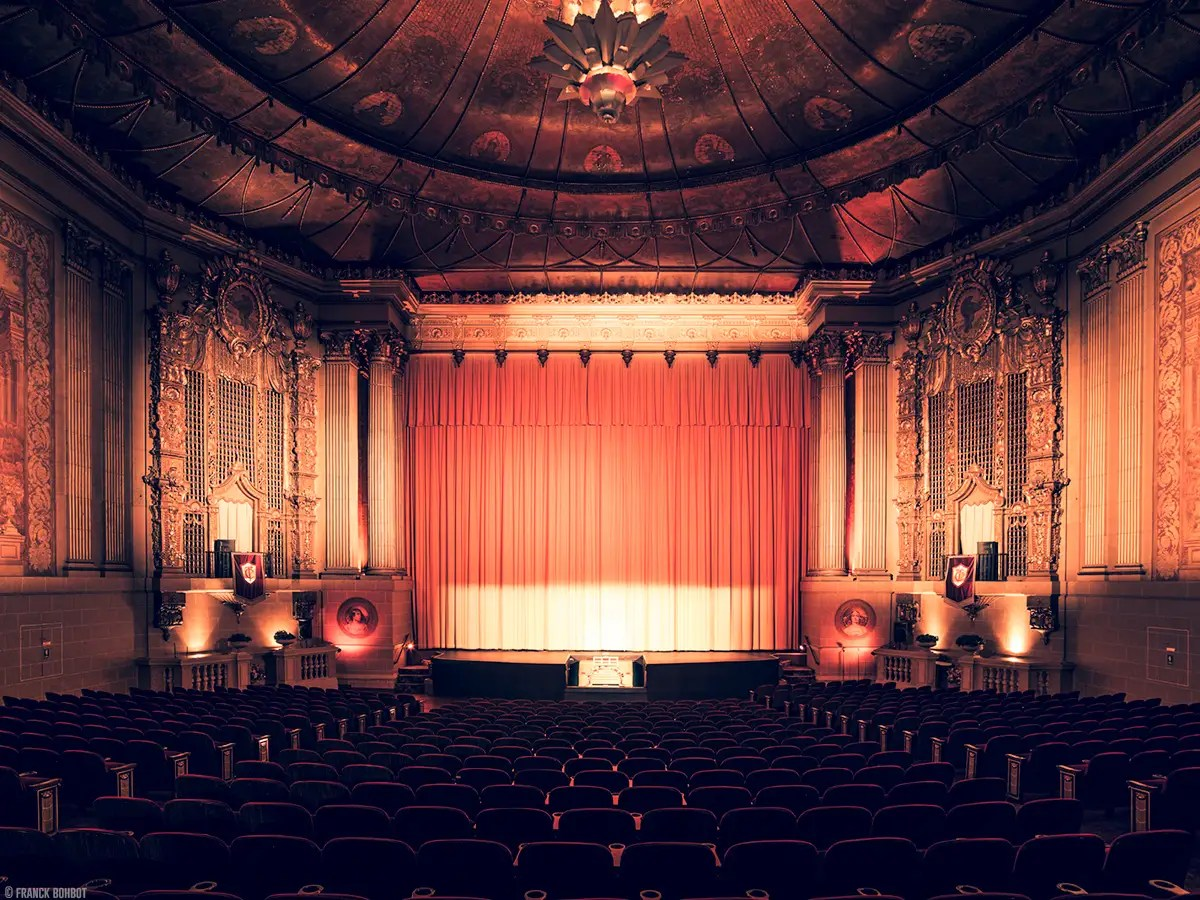 The Castro Theatre, in San Francisco, was built in 1922 and is a historical landmark. The theater has 800 seats downstairs and 600 in the balcony.