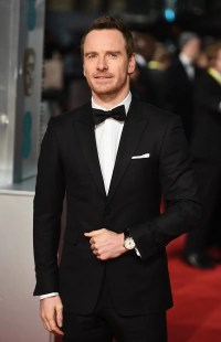 Should you wear a watch with a tuxedo? - Business Insider