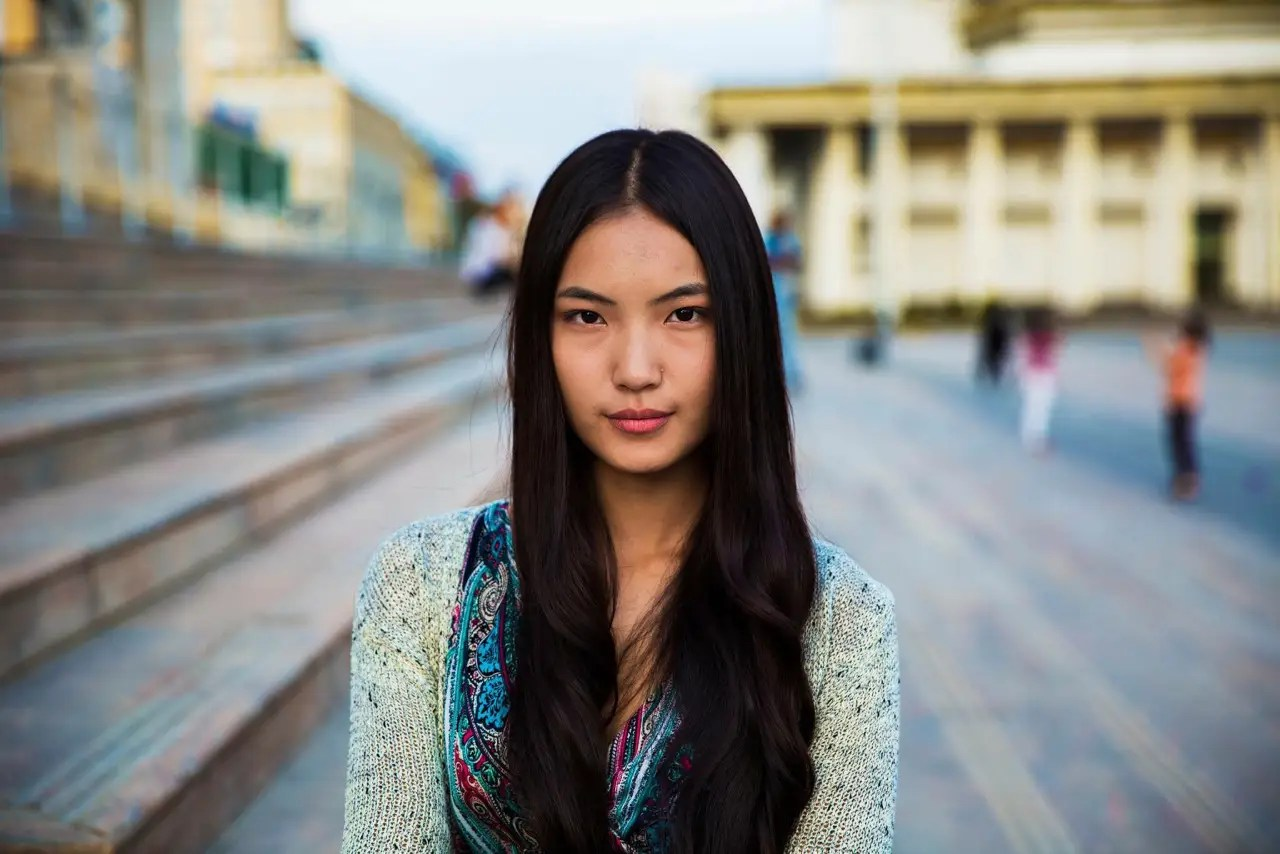 Noroc photographed this woman in Ulaanbaatar, Mongolia.