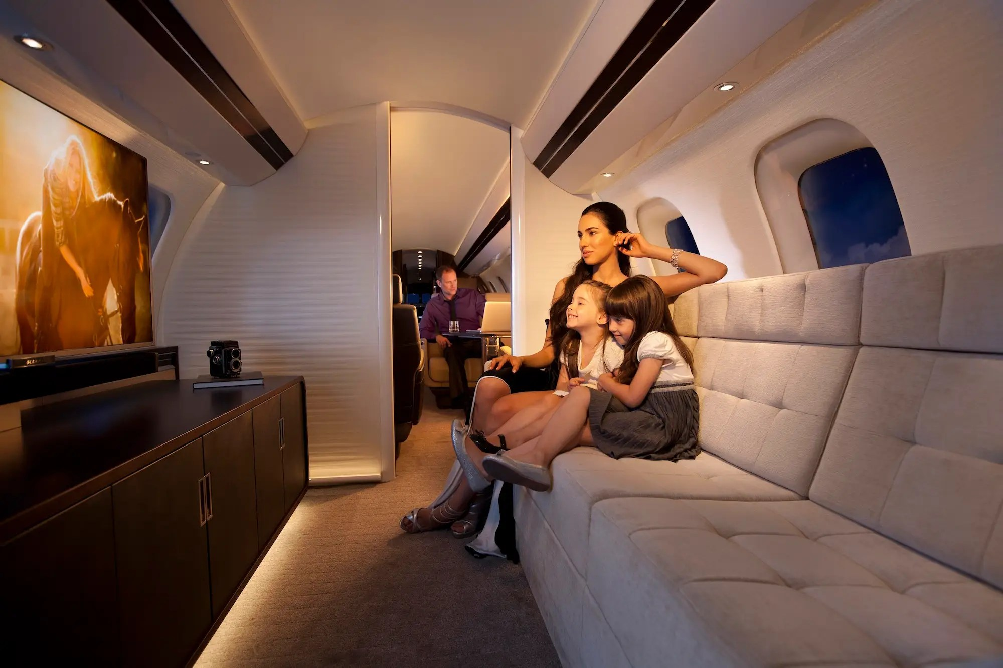 Bombardier's Global 7000 Luxury Private Private Jet Takes
