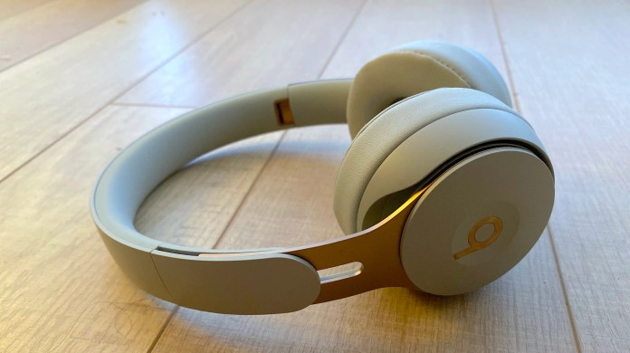 Beats' new 0 Solo Professional headphones are terrific, however there's one disadvantage I simply can't get previous (AAPL)