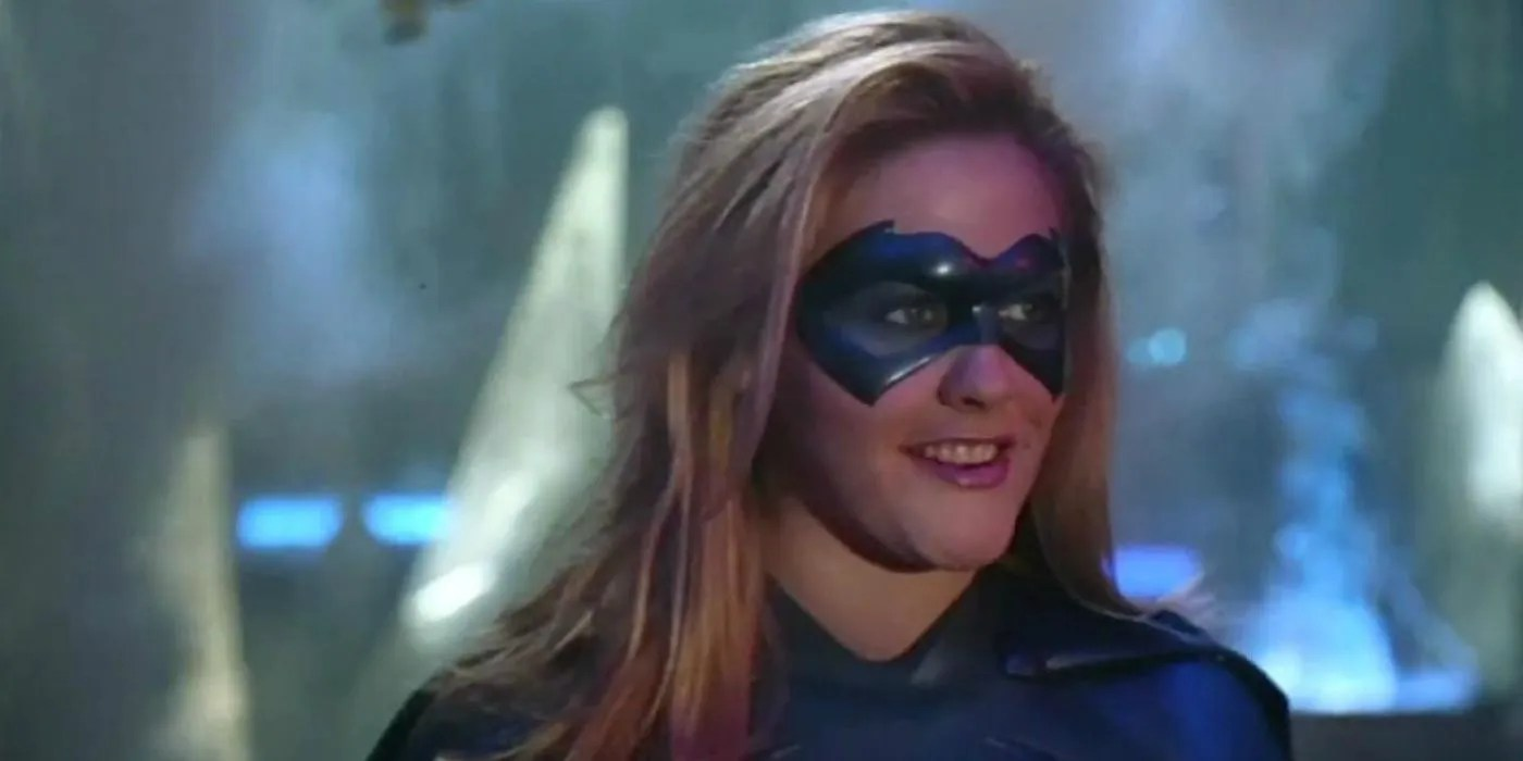 Alicia Silverstone Thinks She D Be A Better Batgirl Now Cbr