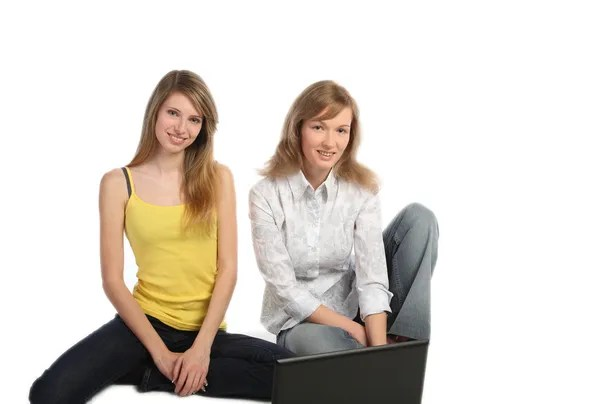https://i0.wp.com/static3.depositphotos.com/1000673/110/i/450/dep_1102291-Two-girls-students-work-on-the-laptop.jpg