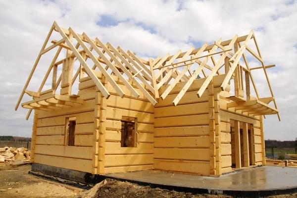 Casa de madera ecológica — Foto de Stock #1600242