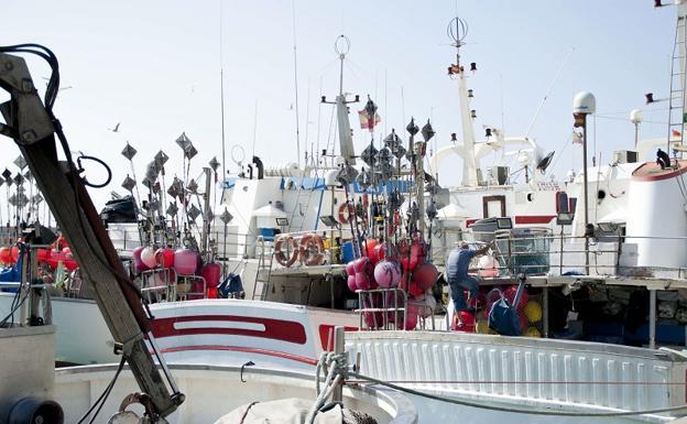Resultado de imagen de apoyo al sector pesquero
