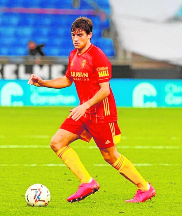 Zaragoza forward Iván Azón, 18 years old.