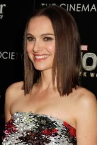Natalie Portman Dark Hair Color - Thor Premiere Picture
