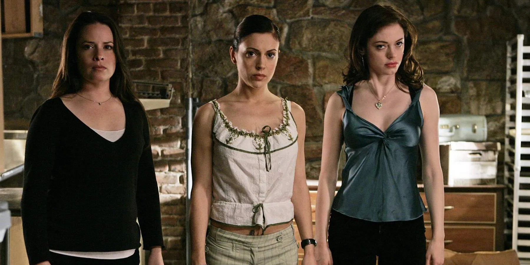 Gilmore Girls A Year In The Life Wallpaper Charmed Reboot Will Not Connect To Original Series