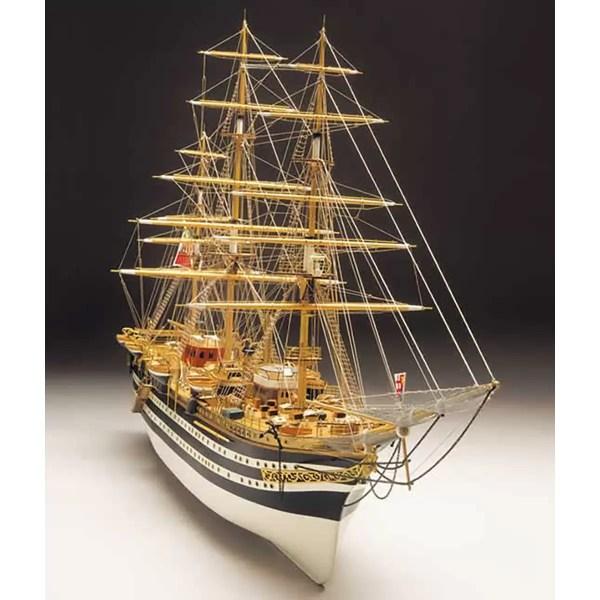 Amerigo Vespucci hajómakett építőkészlet Mantua