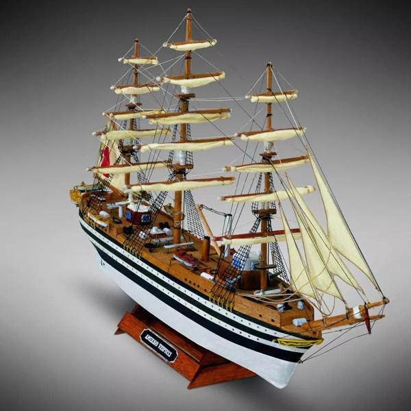 Amerigo Vespucci hajómakett építőkészlet Kezdő és gyerek kitt