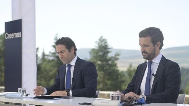 Teodoro García Egea y Pablo Casado, el miércoles pasado, en el Parador de Gredos