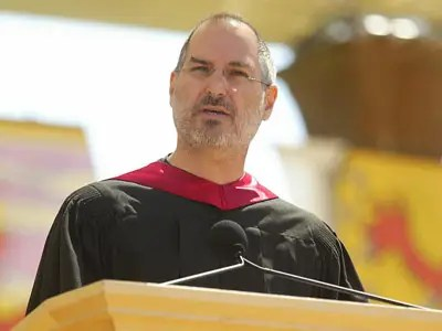 'DO WHAT YOU LOVE': Watch Steve Jobs' Legendary Stanford ...