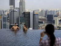 Infinity Pool At Singapore's Marina Bay Sands - Business ...