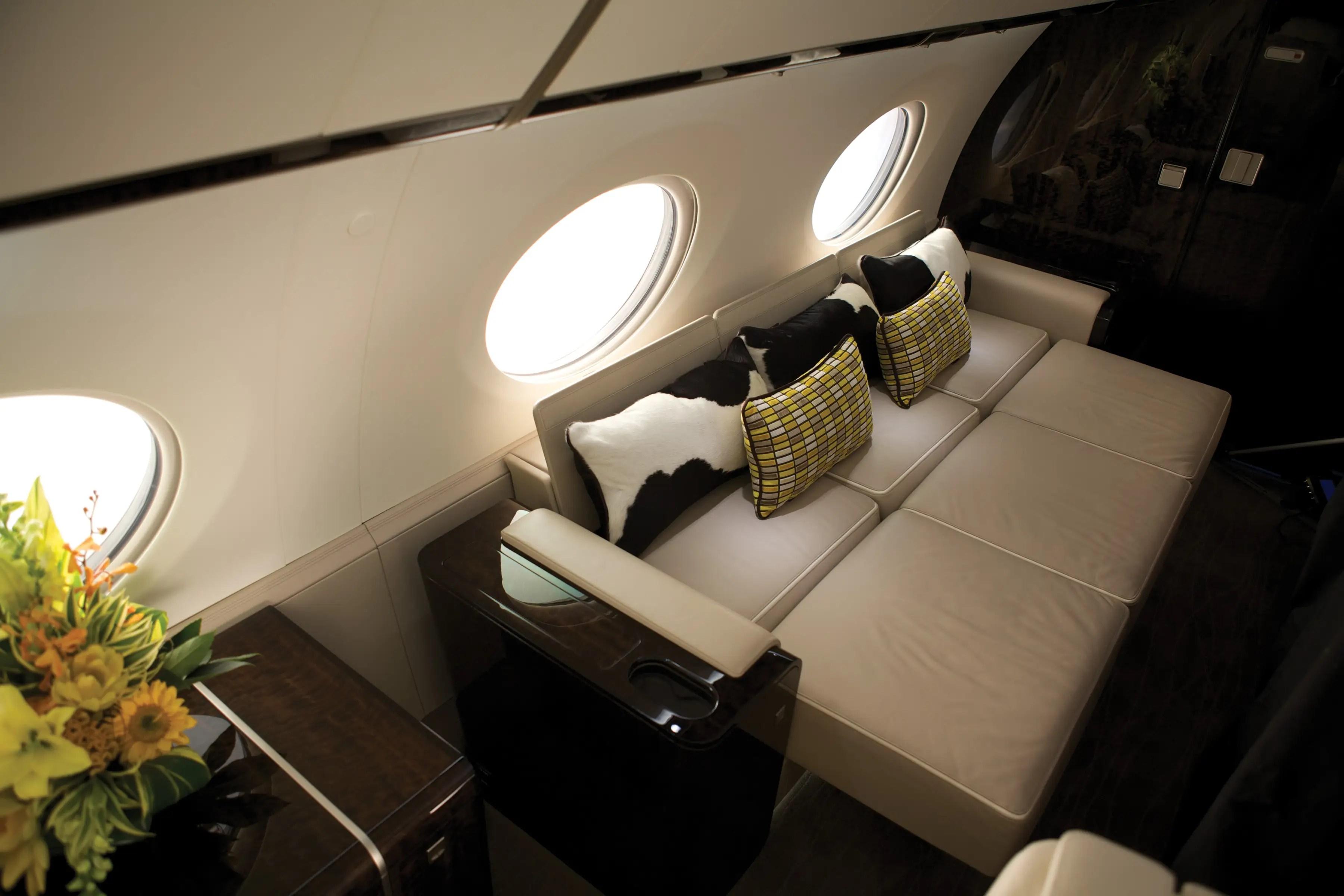 Un porcentaje del sistema de aire fresco 100 hace que la cabina de un lugar agradable para pasar varias horas.