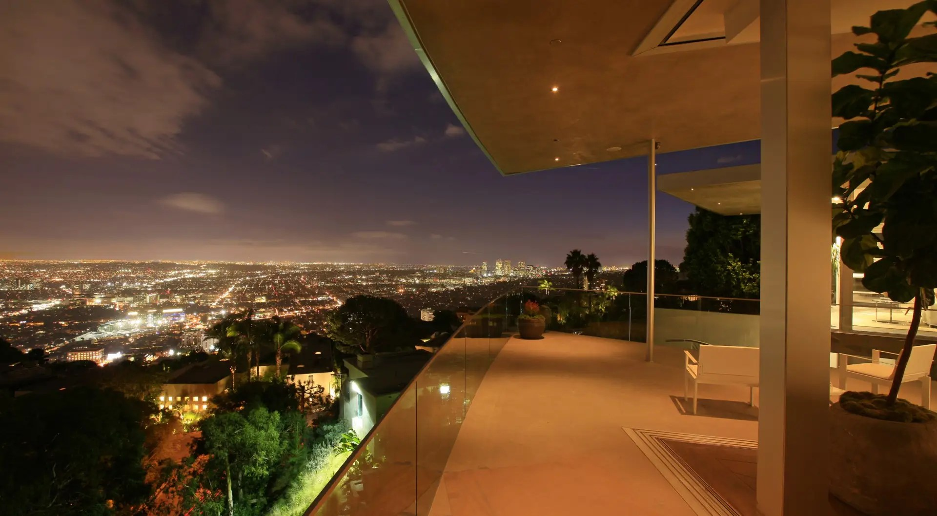 It offers sprawling views of the surrounding Hollywood Hills.